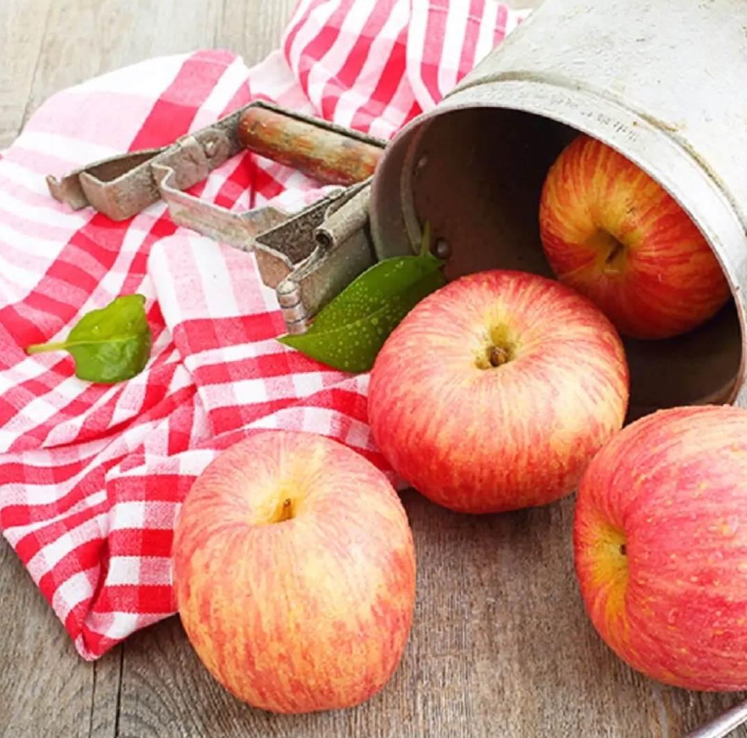 烟台红富士苹果 整盒净重2.6KG以上